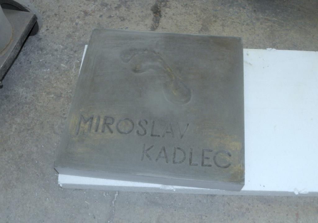 Dlaždice Miroslava Kadlece